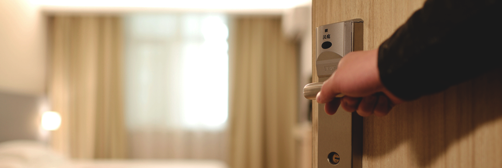 How Engagement Helps with Hospitality's Biggest Challenges